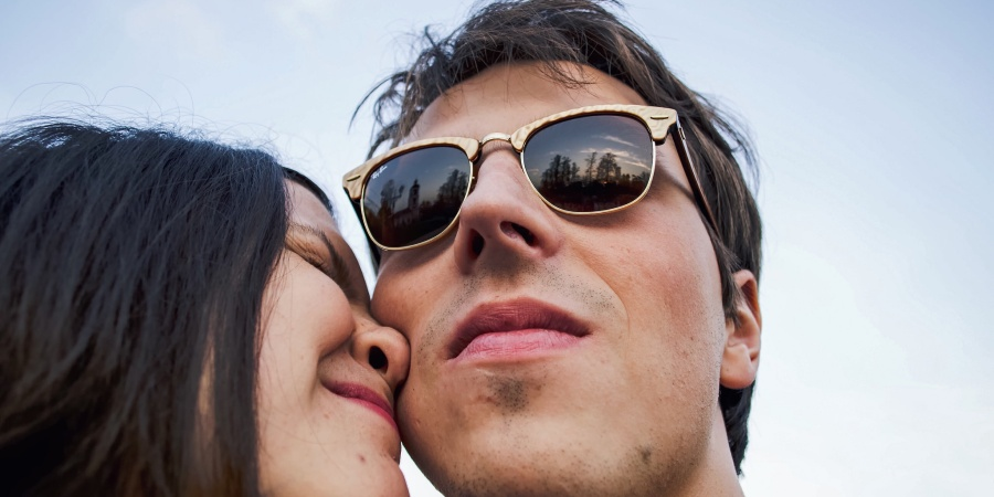 If You're Doing These 5 Things In Your Relationship, He's Right, You Are TooNeedy
