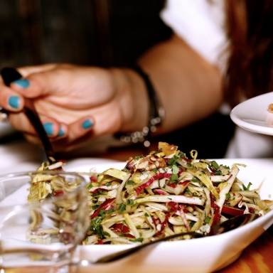 8 Awesome Diet Tips (That Don't Tell You What To Eat)