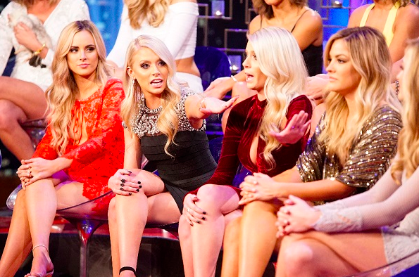 17 Things Only People Who Have A Love-Hate Relationship With 'The Bachelor'Understand