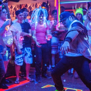 19 Questions To Ask When You're Wondering If He's An EDM Bro