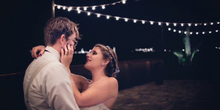 11 Reasons Why You Should Marry The Man Who Makes YouLaugh