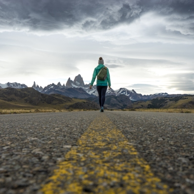 This Woman Hitchhiked Around the World (And Lived to Tell the Tale)