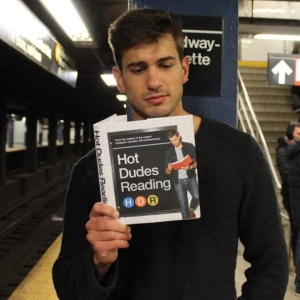 31 Sexy Photos Of Hot Guys Reading That Will Make You Really Horny