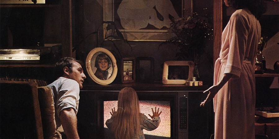 10 Horrifying Haunted House Movies To Watch While You're Home Alone