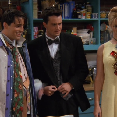 5 Reasons Why 'Friends' Is Actually A Super Problematic Show
