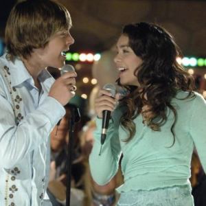 23 High School Experiences That Kids Born After 2000 Will Never Understand