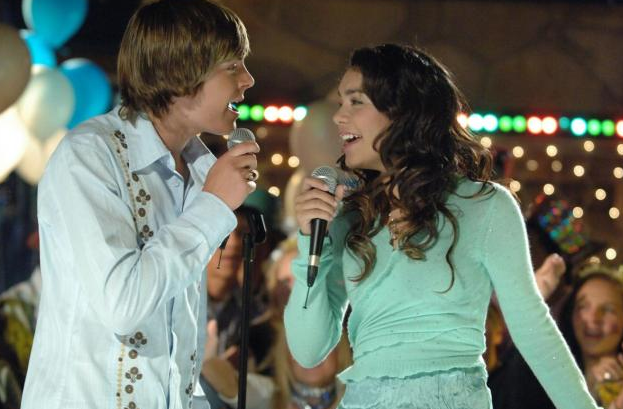 23 High School Experiences That Kids Born After 2000 Will NeverUnderstand