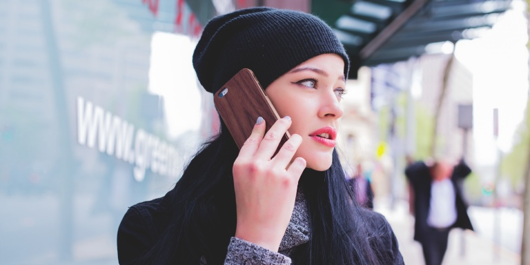 11 Women Explain Why They Give Out Their Number With No Intention Of DatingYou