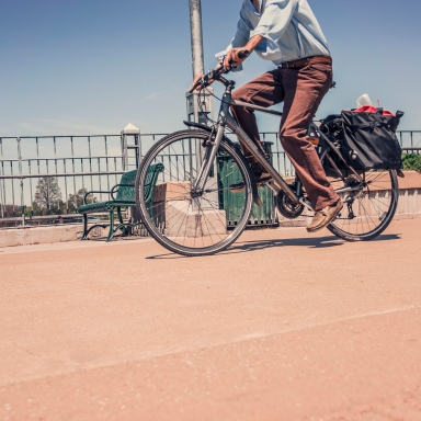 5 Simple Tips To Help You Avoid Being The Crappy Commuting Cyclist