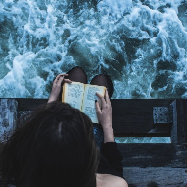 14 Books Every True Book Lover Must Read Before Turning 30