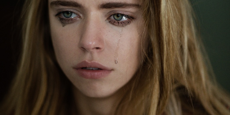 5 Reasons Why People Who Cry A Lot Are MentallyStrong