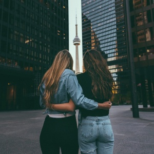10 Things Your Older Sister Never Told You