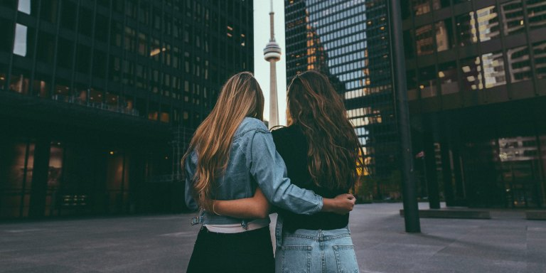 10 Things Your Older Sister Never ToldYou