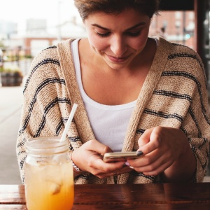 The 12 Steps To Breaking Free From Your Addiction To Dating Apps