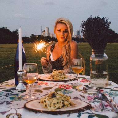 16 Sad And Depressing Lessons I've Learned On First Dates
