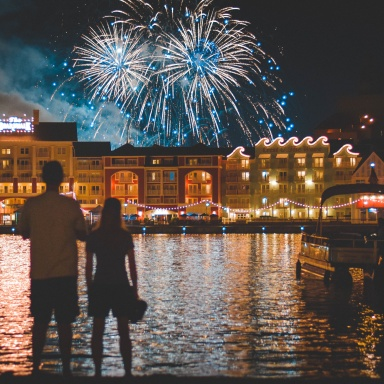 50 Fun, Cheap Outdoor Dates That Are Perfect For Summer