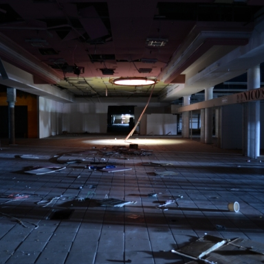 On Friday The 13th We Entered An Abandoned Mall But Not All Of Us Left Alive