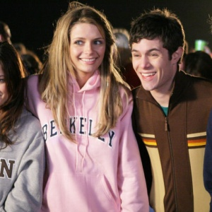 10 Songs That Will Make Any Fan Of 'The O.C.' Instantly Nostalgic