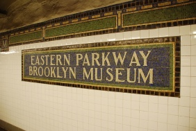 eastern pkwy sign