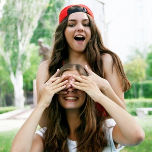 5 Reasons Why Your Single Friends Actually Give The BEST Relationship Advice
