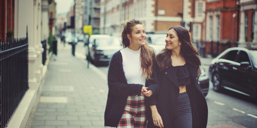 50 Thoughtful Ways To Strengthen Your Friendship (That Don't CostMoney)