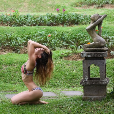 Read This If You Want To Date Your Yoga Teacher