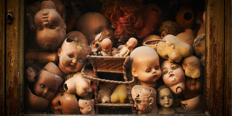 19 Terrifying Tales Of Urban Legends Coming ToLife