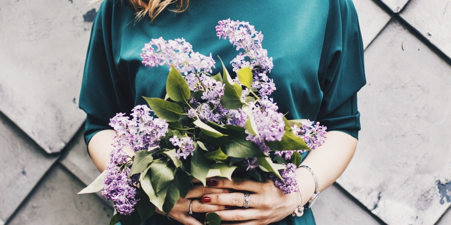 A Letter To The Woman Who Won't Buy HerselfFlowers