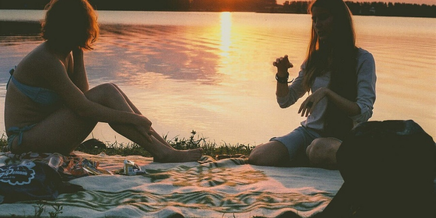 This Is The Heartbreaking Truth Of Dropping A Toxic Friend (That No One Tells You About)