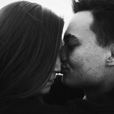 10 Ways To Lovingly Surprise Your Veteran Boyfriend