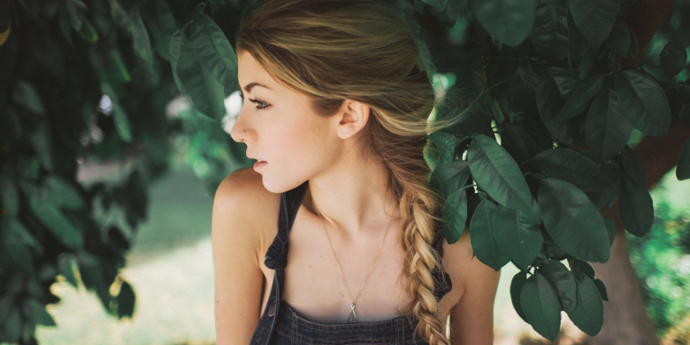 11 Reasons To Date The Girl With An OpenHeart