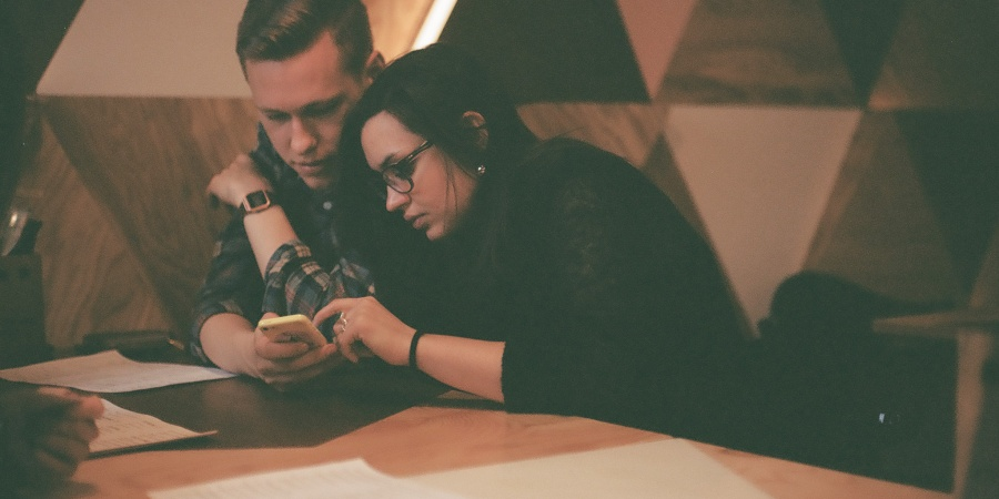10 Warning Signs That You're In A One-SidedRelationship