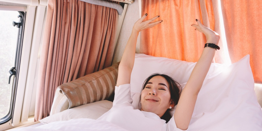 6 Morning Habits All Happy And Confident 20-Somethings DoRegularly