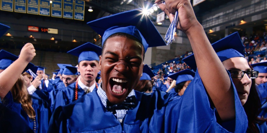 The 18 Stages Of Realizing You're Going To GradSchool