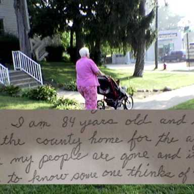 84-Year-Old Woman Throws EPIC Shade At Her Roommate In This Super Salty Letter