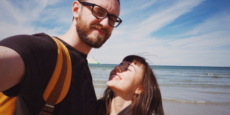 11 Ways Your Partner Is Subtly Saying 'I Love You', If Their Love Language Is 'Touch'