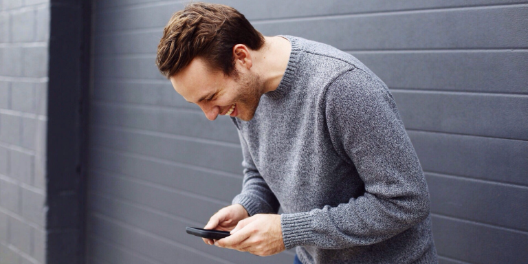8 Dos And Don'ts Of Talking To Your Guy On ThePhone