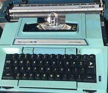 typewriter coronet closeup