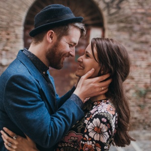 How You Approach Love, Based On Your Element