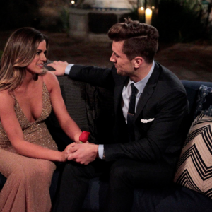 14 Reasons Friends Who Watch 'The Bachelorette' Together Stay Together