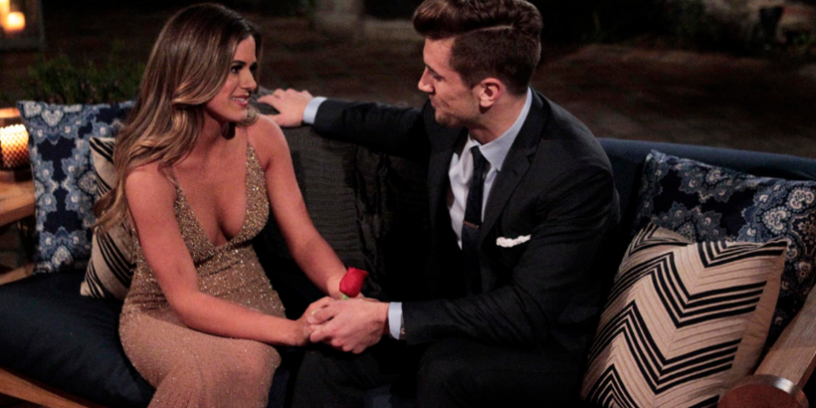 14 Reasons Friends Who Watch 'The Bachelorette' Together StayTogether