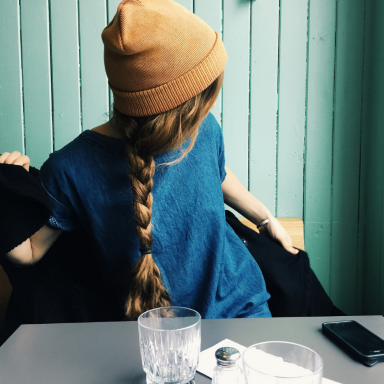 15 Reasons The Best Relationship Of Your Life Will Be With A Girl Who Refuses To Pretend She Has It All Together