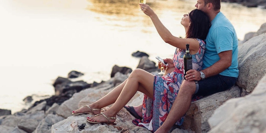 16 Happily Married People Share The One Thing They Do To Keep Their LoveAlive