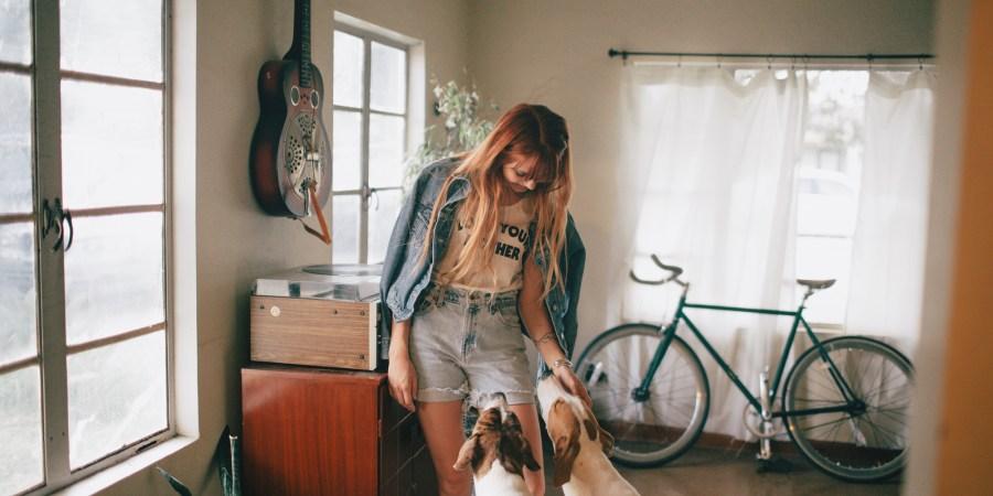 9 Reasons Dog Lovers Make The Absolute BESTGirlfriends