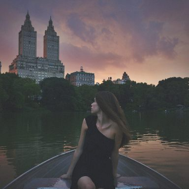 12 Signs You're In The Wrong Story (And It's Time To Leave)