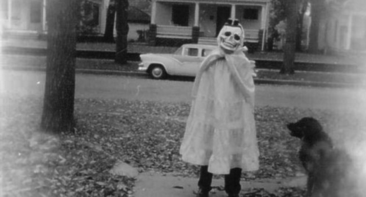 12 Vintage Halloween Pics That Prove Things Were Way Scarier In Our Parent'sGeneration