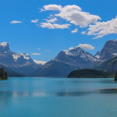 7 Natural Wonders That Will Convince You To Travel To Canada ASAP