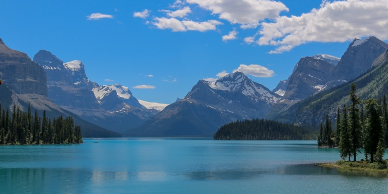7 Natural Wonders That Will Convince You To Travel To CanadaASAP