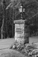 Yaddo-Sign