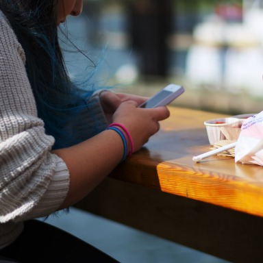 Social Media Cheapens Our Relationships, But Here Are 10 Ways To Fix This